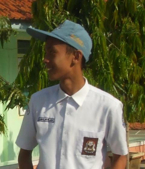 Sn81-Hadiah RSH 20091102-Gamal